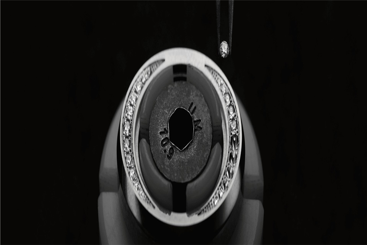 法兰克穆勒手表售后维修表镜损坏